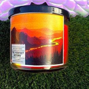 Bath & body works The Perfect Autumn 3 wick candle